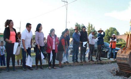 Pavimentarán 4 calles en Villa de Tezontepec