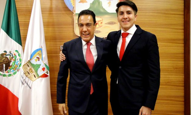 César Mora, nuevo contralor del Gobierno estatal