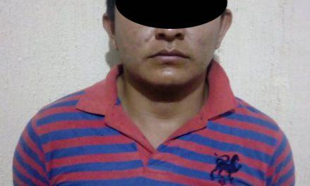 Detienen en Villa de Tezontepec a presuntos ladrones de vehículo