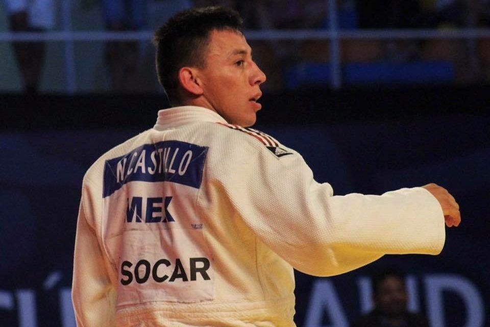 Nabor Castillo, con fractura y sin medalla