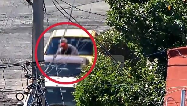 Con videovigilancia, detienen a hombre que intentaba abrir autos