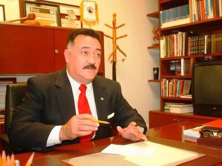 Fiscalía investiga al menos a 10 exalcaldes por corrupción