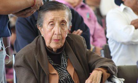 Realizan festejos Por Día del Adulto Mayor en Mineral de la Reforma