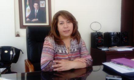 Impulsar liderazgos políticos de mujeres, labor de IHM
