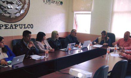 Llevan programas de financiamiento a empresas de Tepeapulco