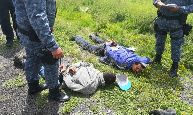 Capturan a tres presuntos ladrones de taxi en Tolcayuca