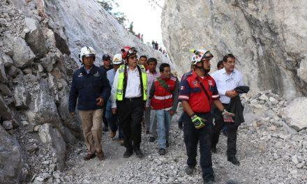 Localizan cuarto cuerpo en mina; continúa rescate