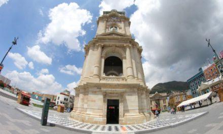 Reloj Monumental de Pachucacumple 108 años