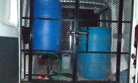 Asegura Policía Estatal y Ejército a custodio con hidrocarburo