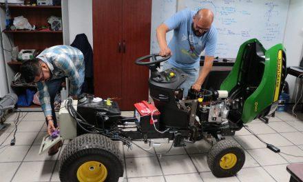 En desarrollo, primer robot tractor autónomo