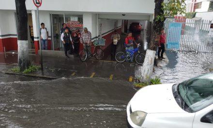 Diversos encharcamientos tras lluvia