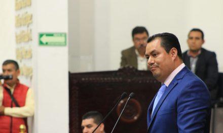 Pide diputado del PAN concluir carretera en Tepehuacán