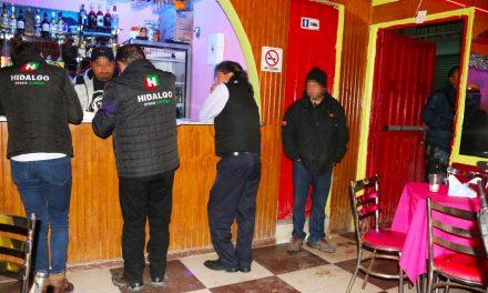 Clausuran bares en Tulancingo