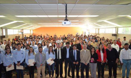 42 jóvenes del ITP participan en el Verano de Investigación Científica