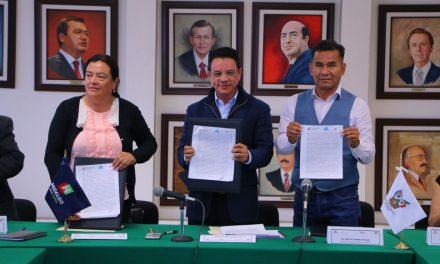 Ayuntamientos y SEMARNATH firman convenio para atender tiradero delDextho,