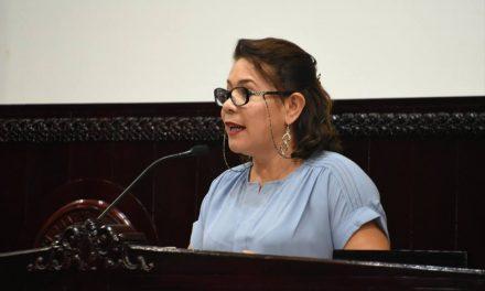 Veras desconoce declaraciones de Tatiana Angeles, integrante de su bancada