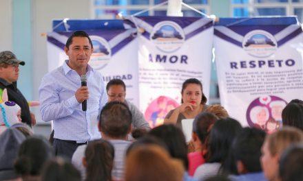 Mineral de la Reforma ofrece conferencias para padres de familia