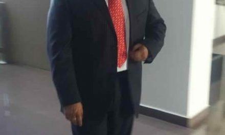 José Luis Espinosa rinde protesta como diputado