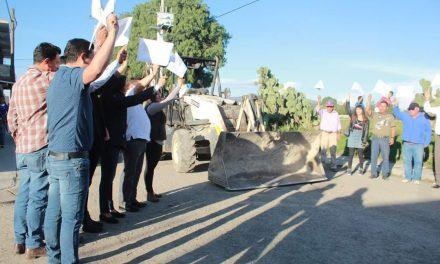 Inicia pavimentación asfáltica en Villa de Tezontepec