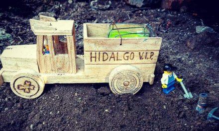 Carritos de madera simulan a «huachicoleros»