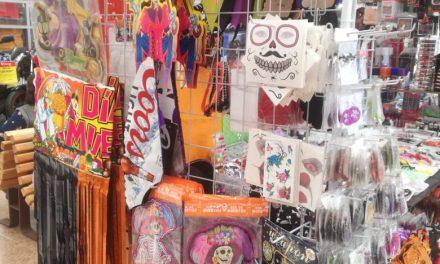 Comercios, listos para Día de Muertos