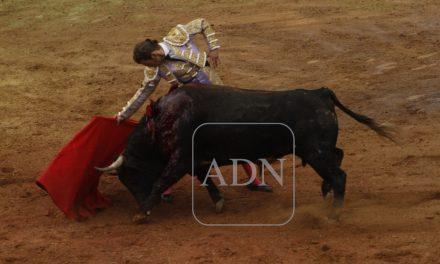 Adame y «El Payo», triunfadores en corrida «colosal»