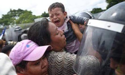 Caravana migrante hará segundo intento por ingresar a México