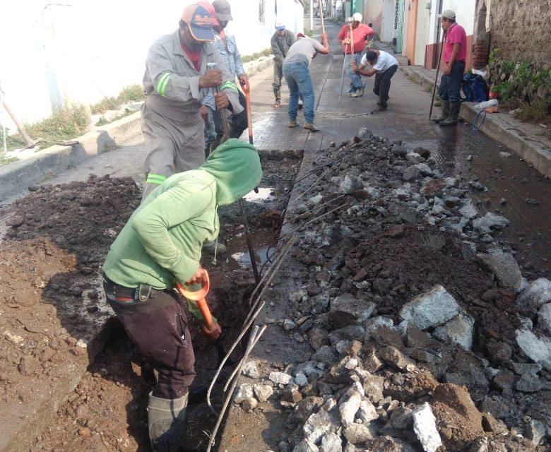 Solicitan drenaje en Santiago Tulantepec