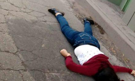 Muere mujer en Actopan tras aventarse a paso deprimido