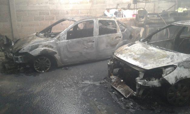 Se incendia taller de costura en Cuautepec de Hinojosa