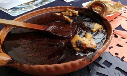 Habrá más de 100 variedades de mole en festival del 2 de noviembre