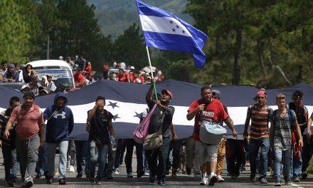 En Pachuca, opiniones divididas sobre la caravana migrante