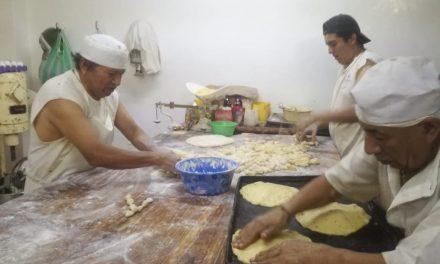 Baja drásticamente la venta de pan de muerto