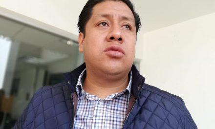 Aumentan usuarios que pagan el agua en Xochiatipan