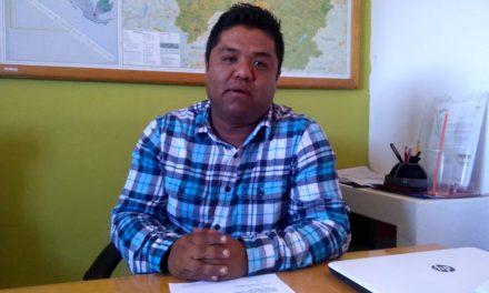 Edil de Zapotlán se compromete a no dejar obras inconclusas para 2019