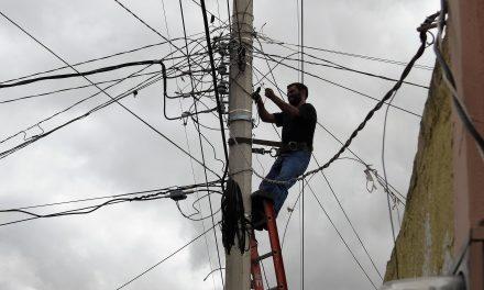 Reemplazan luminarias en Tolcayuca para generar ahorro