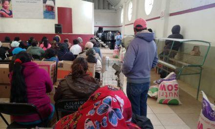Entregan paquetes de apoyo de autoconsumo en Santiago Tulantepec