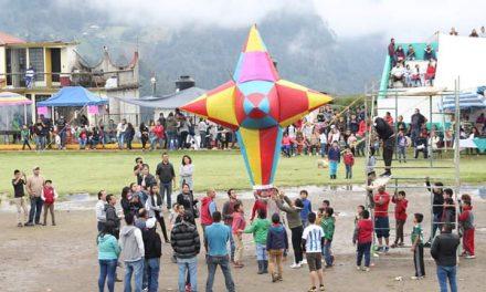 Realizan Festival de Globos de Cantoya en Tenango  de Doria