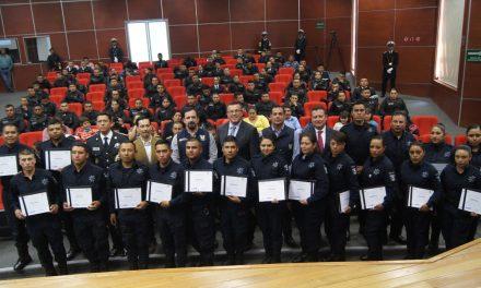 Se gradúan nuevos elementos de la Policía de Tepeapulco