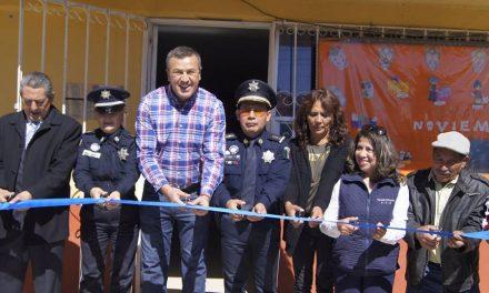 Alcalde de Tepeapulco inaugura biblioteca comunitaria