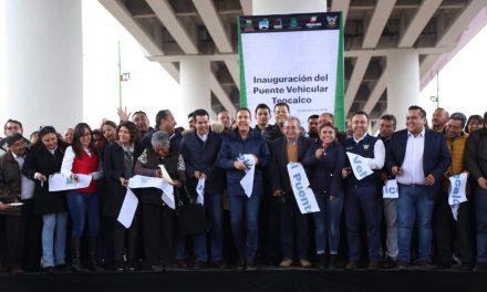 Inaugura Fayad puente de Teocalco
