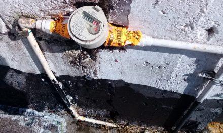 Emiten sanciones para quien reconecta su toma de agua después de la suspensión