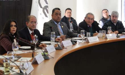 Líderes empresariales se reúnen con diputados de Morena para exponer problemáticas