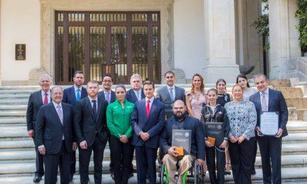 Enrique Peña Nieto entrega Premio Nacional del Deporte