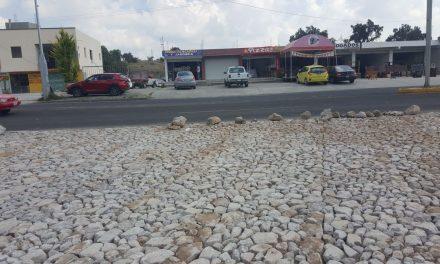 Construye SOPOT ciclovía y empedrado en San Agustín Tlaxiaca