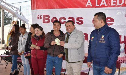 Destinan 1.5mdp para Becas de Transporte para Estudiantes de Zapotlán