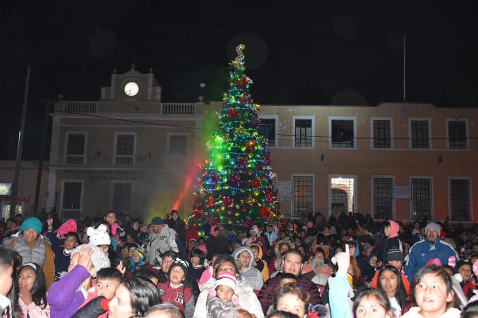 Se enciende la Navidad en Zapotlán de Juárez