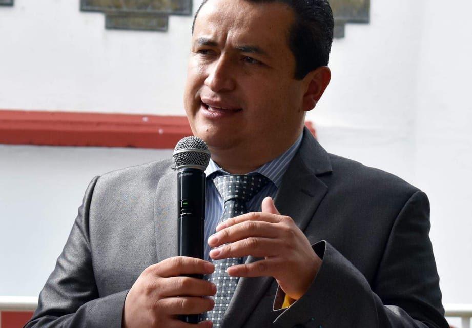 Alcalde de Zapotlán gestiona proyectos por el orden de los 250 mdp
