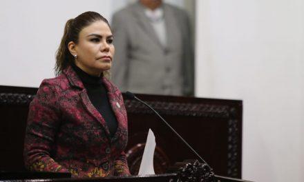 Propone Mayka Ortega desarrollo sustentable en la educación