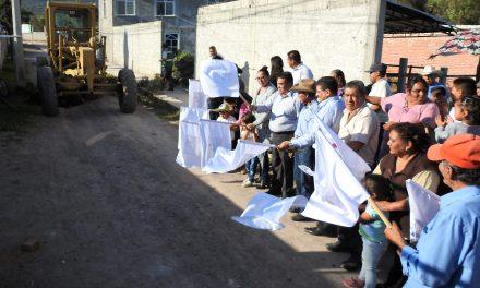 Inicia pavimentación hidráulica en la colonia Satélite en Tolcayuca